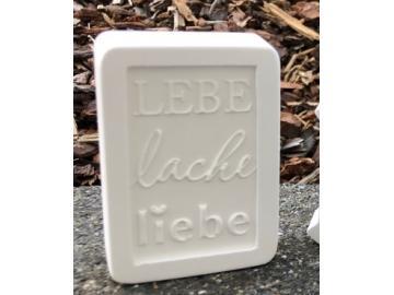 Textblock 'Lebe lache liebe'